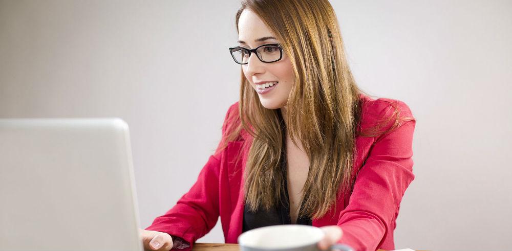 Как стать вебкам-моделью