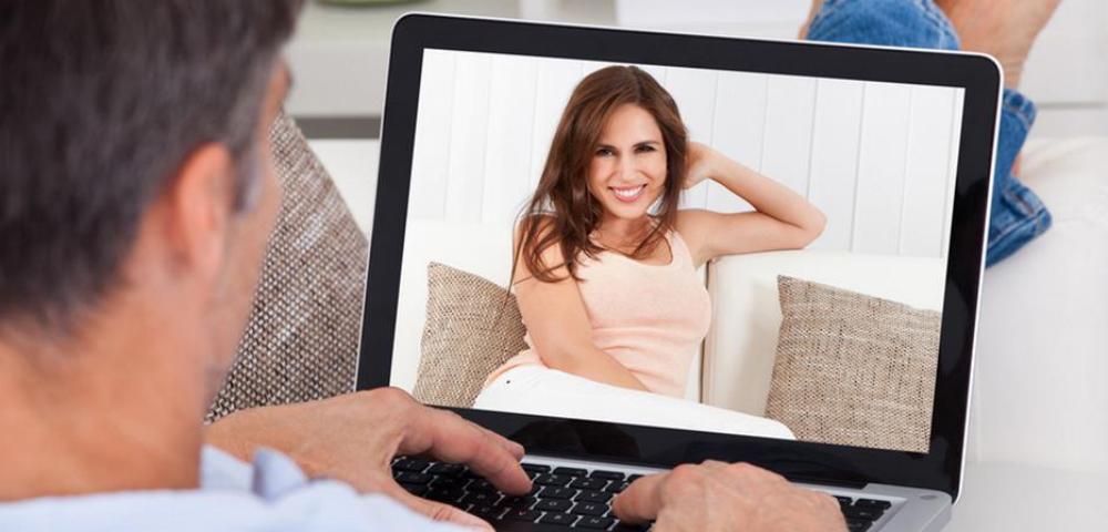 Работа онлайн девушке без опыта работа моделью маленького роста